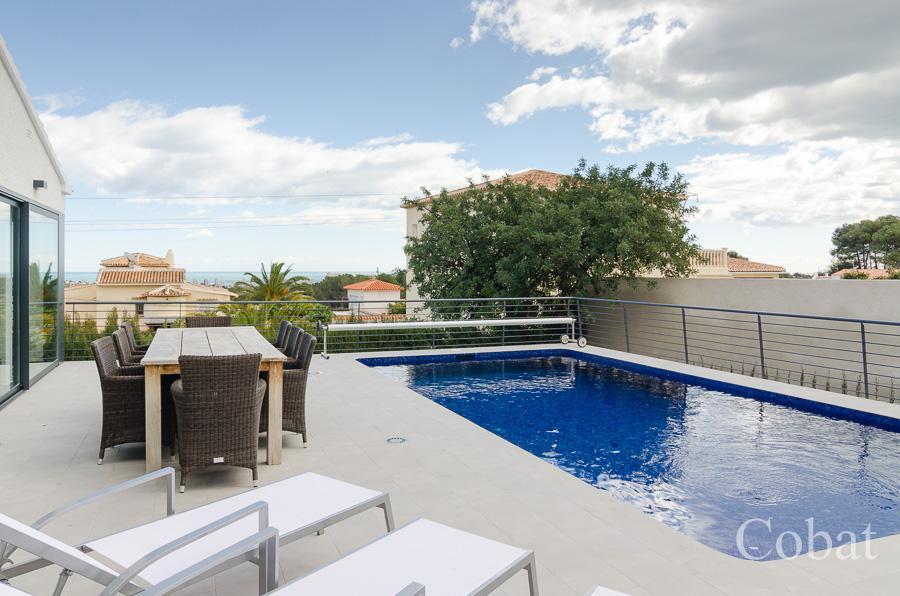 Villa For Sale in Calpe - Photo 2