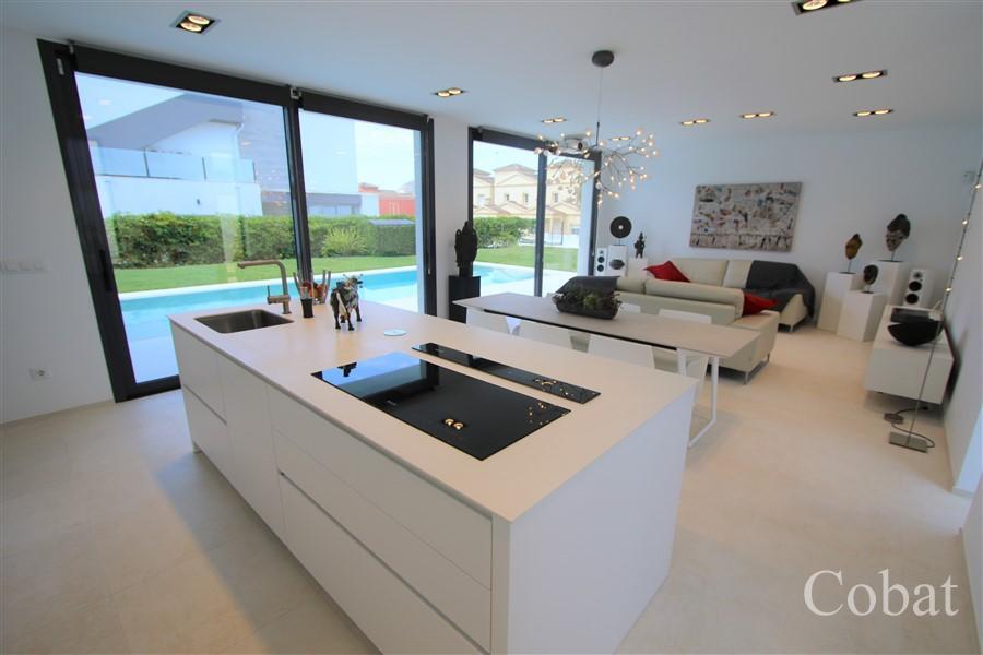 Villa For Sale in Calpe - Photo 5