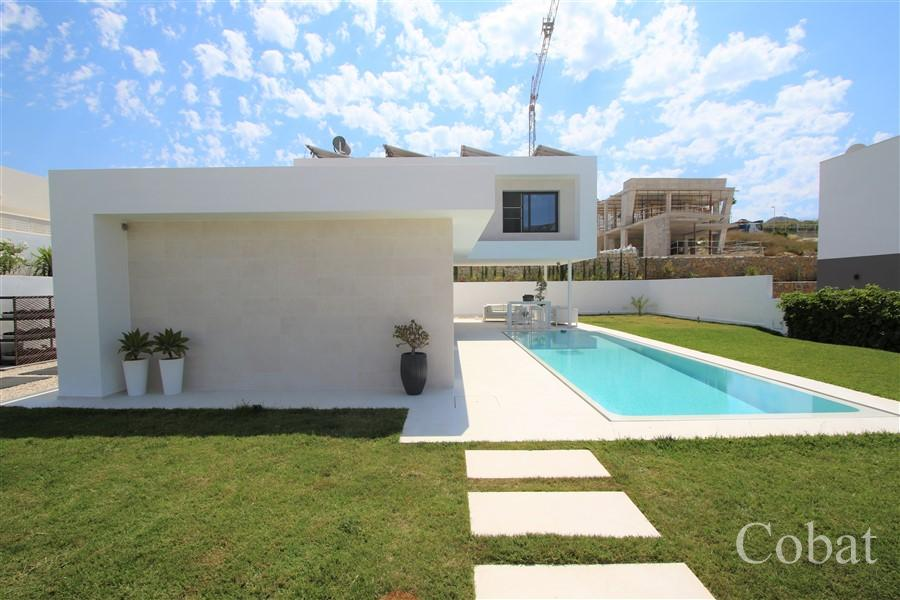 Villa For Sale in Calpe - Photo 8