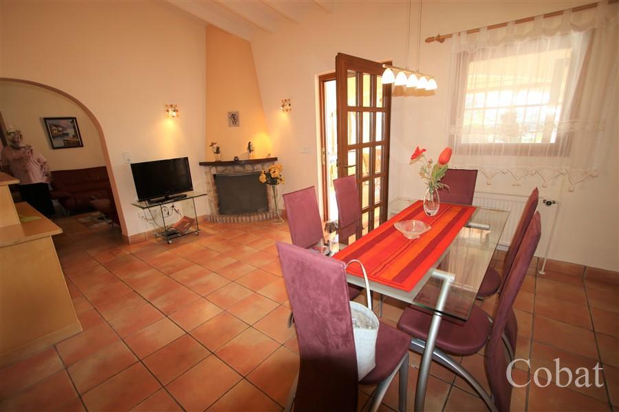 Villa For Sale in Calpe - Photo 12