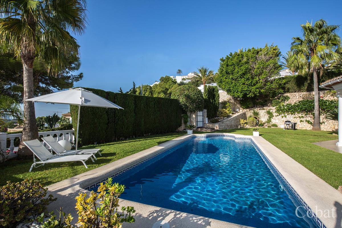 Villa For Sale in Moraira - 895,000€ - Photo 2